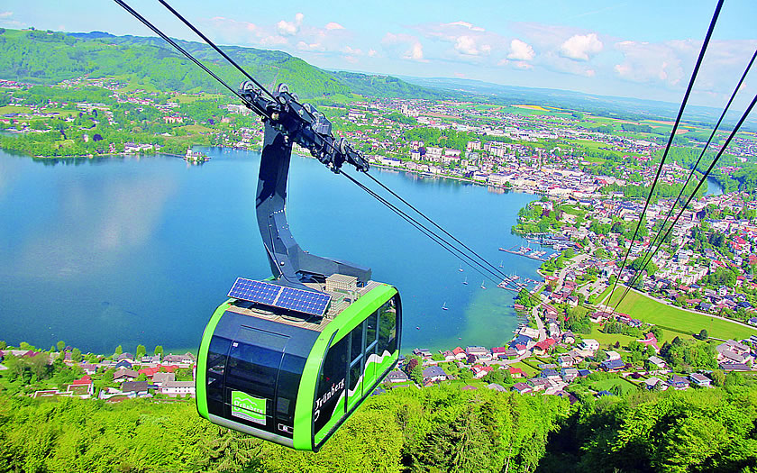 The Grünberg cable car at Gmunden on the Traunsee