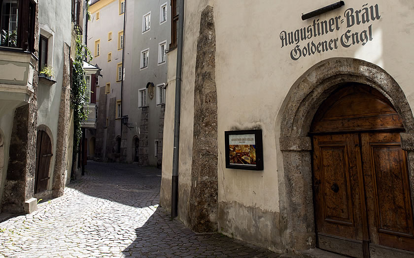 The winding streets in the centre of Hall in Tirol