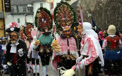 The Imst Schemenlaufen procession