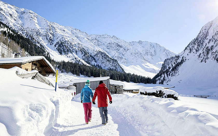 Winter walk to the Gleirschalm in the Sellrain valley