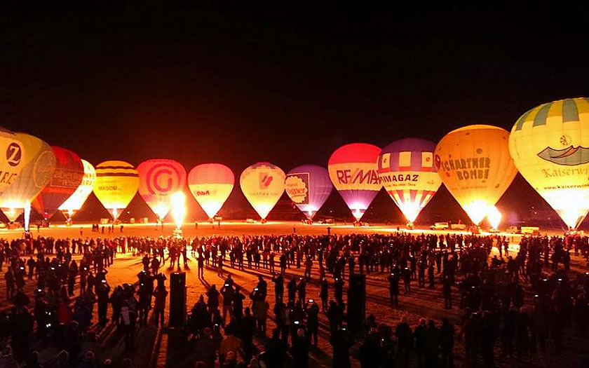 The Night Glow during the Kaiserwinkl Winter Balloon Festival