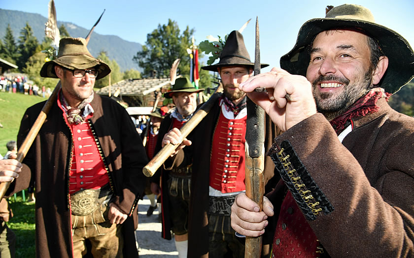 Traditional sharpshooters from the Wildschönau