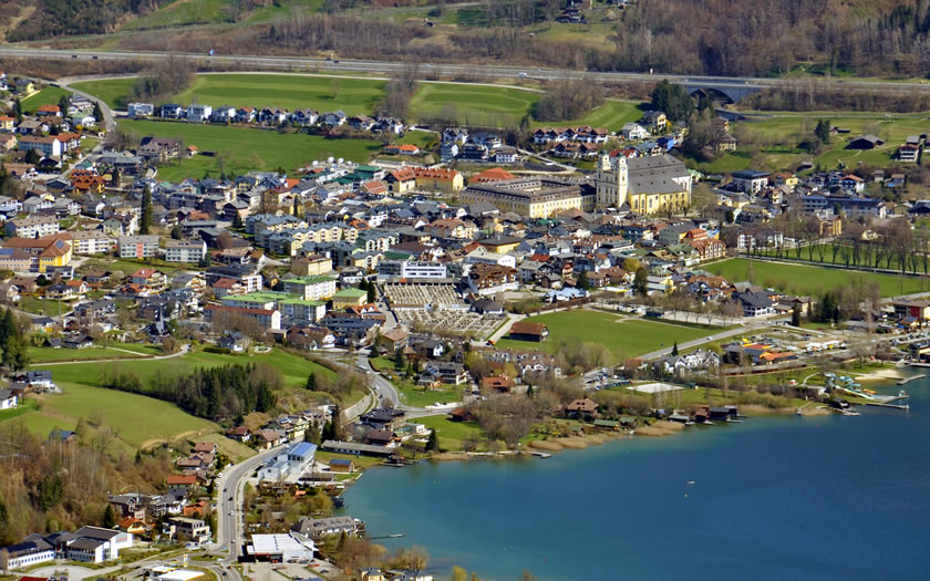 An aerial view of the town of Mondsee in Upper Austria