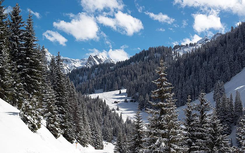 Skiing in the Silvretta-Montafon ski region