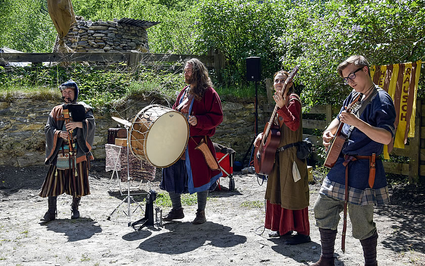 Medieval music at the Pfunds Middle Ages Festival
